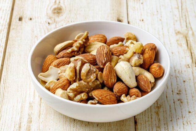 腰痛を解消するのに効果的な食事について知っておこう!