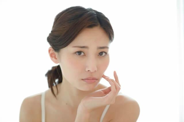 ニキビのできる原因はホルモンバランスの乱れが原因です!