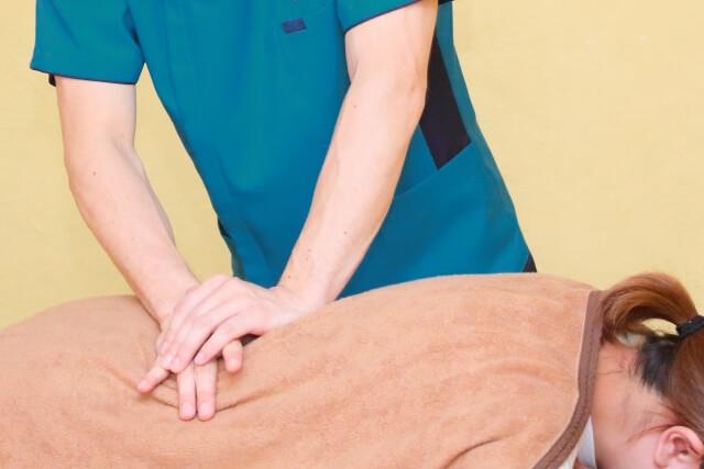 ぎっくり腰の効果的な治療方法は普段通りに生活すること!?