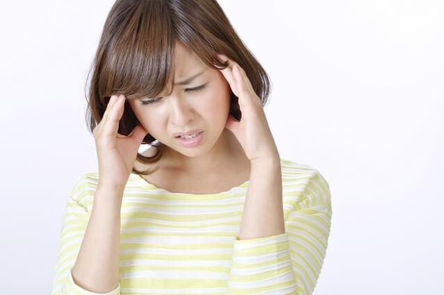 肩こりで頭痛なる!?肩こりからから緊張型頭痛になる!