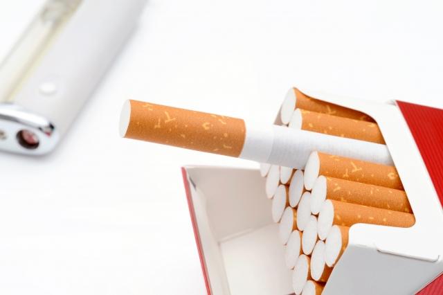 のどが痛い(痛み)のはたばこが原因のひとつです