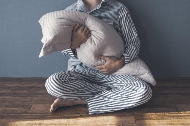【睡眠障害】寝つきが悪い原因は4つあります!