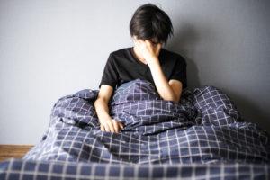 ④寝ても寝てもすっきり感が無い【熟眠障害】