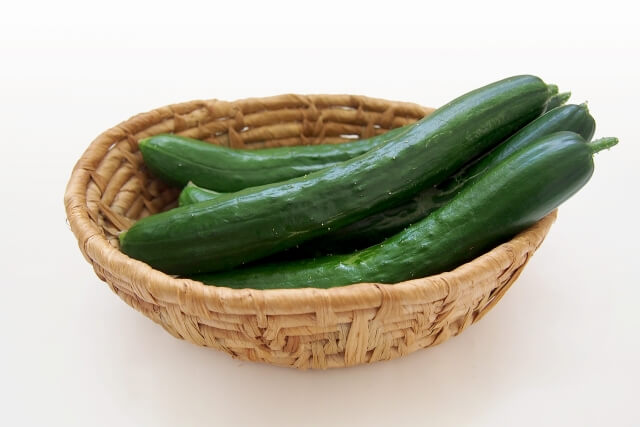 生理中の悩みを解消する食べ物⑥:きゅうり