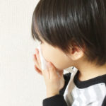【繰り返す鼻血の原因】大人と子供で見る鼻血の原因と正しい対処方法