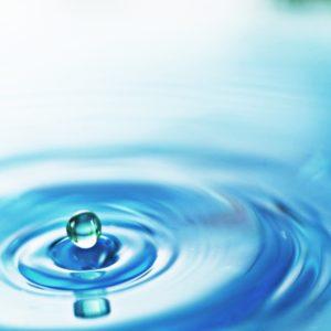 【乾燥肌にならないための対策方法】化粧水の重ね付け