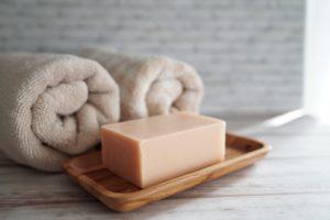 【乾燥肌にならないための対策方法】ボディーの乾燥対策