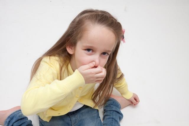 【繰り返す鼻血の原因とは?】大人と子供で見る鼻血の原因と正しい対処法