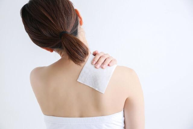 【四十肩の症状】四十肩の3つ病期と対処方法を知ろう!