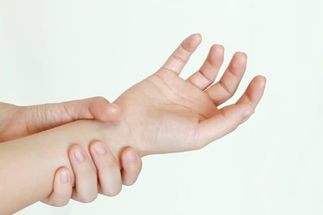 腱鞘炎を放置していませんか?腱鞘炎に最適なサポーターの選び方
