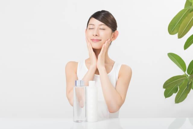 アトピーの私が選ぶ化粧水おすすめ8選!化粧水でアトピーを改善