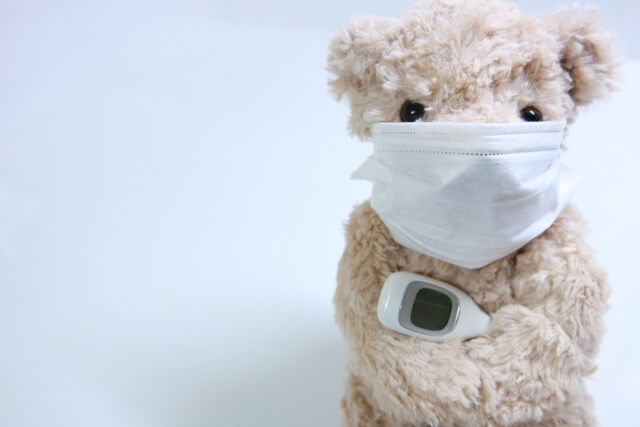おたふく風邪の症状は?熱が出て顔が腫れてくる?!