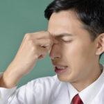 目の痛みや充血は眼精疲労のサイン?眼精疲労の悪化を防ぐ予防方法