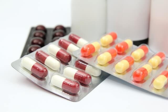 【花粉症の市販薬】病院でもらえる処方薬とどう違うの?
