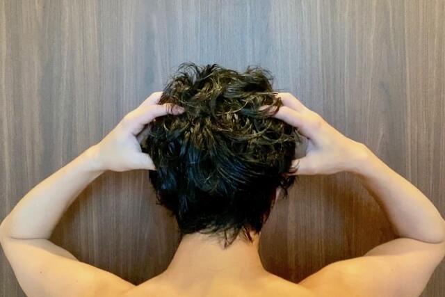 【頭皮が臭い人の対処方法】頭皮が臭い原因は洗い方や手入れ方法です!