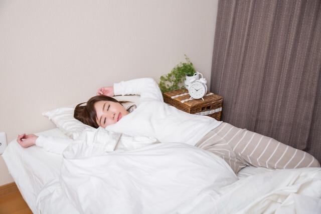 ぐっしょり寝汗で眠れないかた必見!寝汗の原因と対策をご紹介