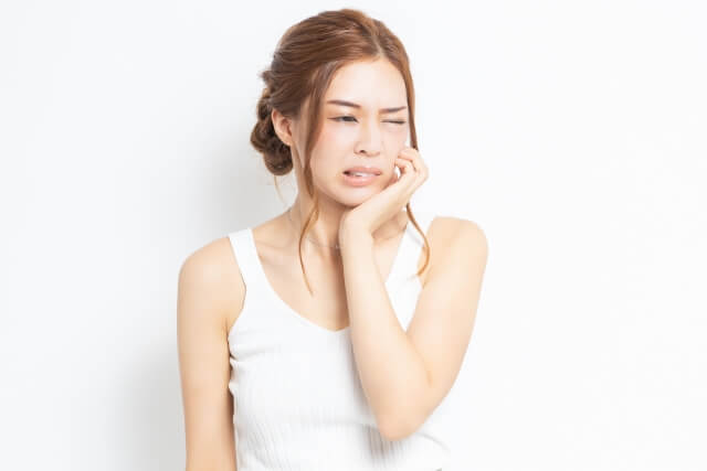 歯痛はツボ押しで和らぐ?辛い歯痛に効くツボを紹介します!