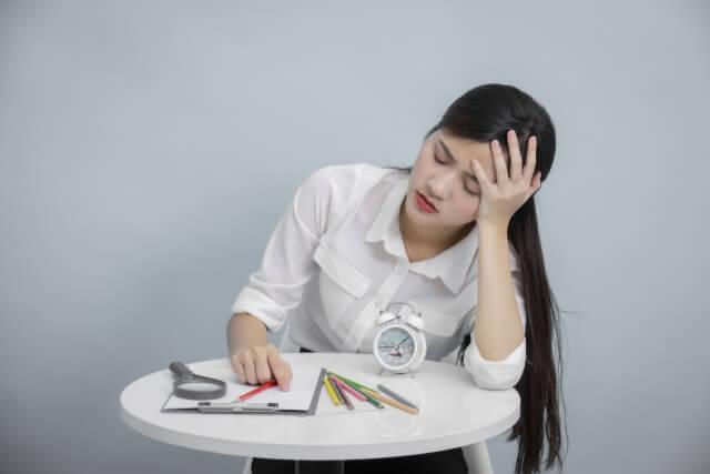 眠れない原因は自律神経の不調にあり